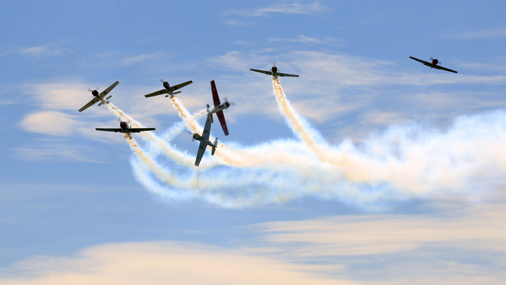 15-day Warbirds Over Wanaka Experience: Gold Pass + Flights + Fully-Escorted New Zealand Tour
