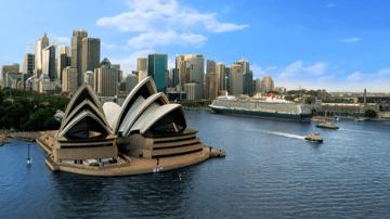 Big Balcony Sale: Cruise Melbourne-Sydney on the Queen Elizabeth (Jan 2023)